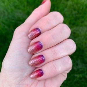 Color Street Makeup - COLOR STREET Nuclear Fuchsian Nail Strips